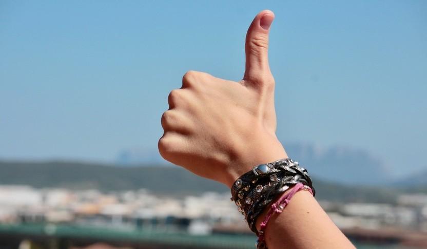 thumb up